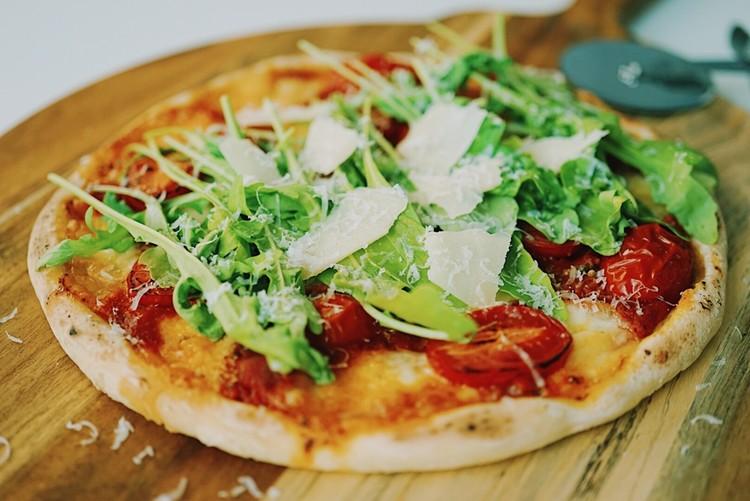 루꼴라 마르게리타 피자