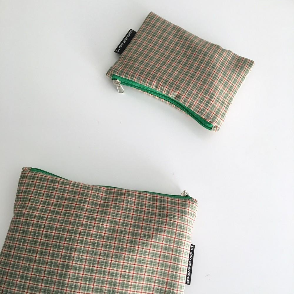빈티지 그린 믹스 체크 파우치(Vintage green check pouch) - 인데오스페라무스, 8,000원, 메이크업 파우치, 지퍼형