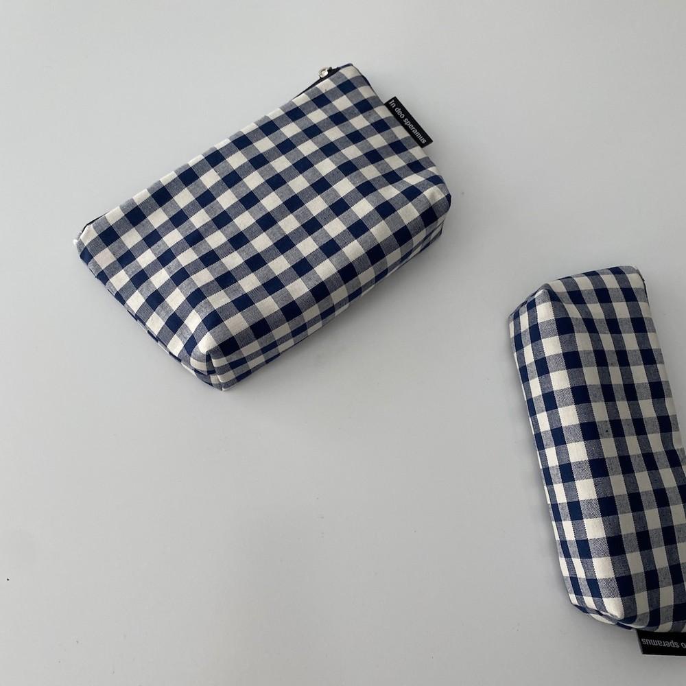 네이비 삼각 파우치(Navy triangle pouch) - 인데오스페라무스, 12,000원, 다용도파우치, 지퍼형