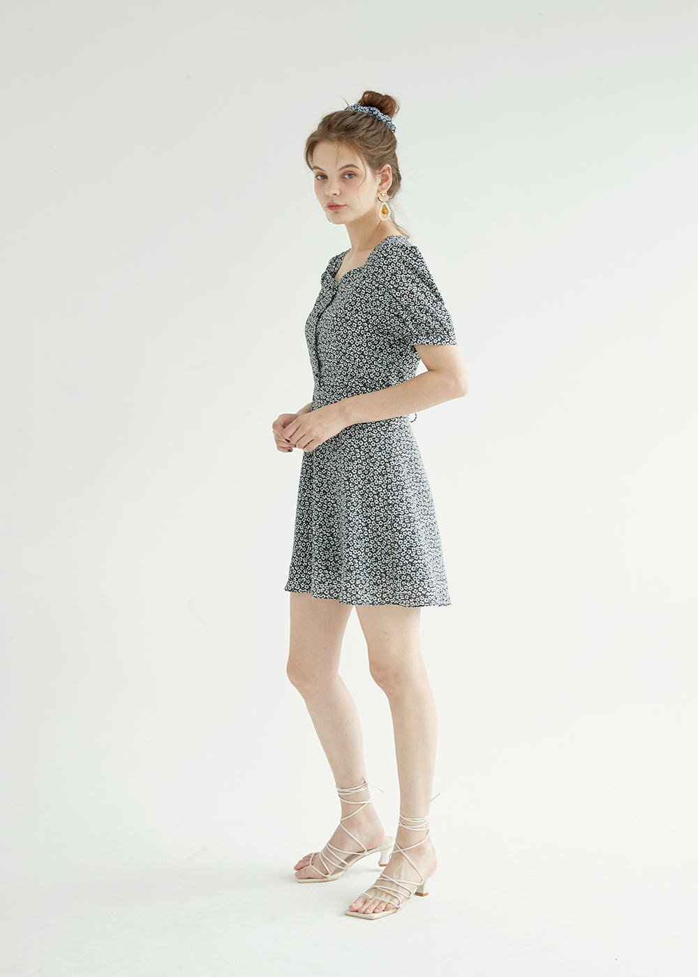블랭크(BLANK) FLORAL MINI DRESS-BK